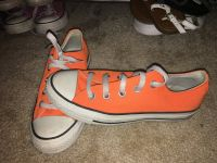 Orange converse like new
