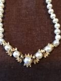 Real pearls pendant, with also fresh water pearls and real diamonds and 10 k real gold