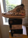 Converse chuck Taylor s height tops size 8