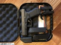 For Sale: Glock 19 G19 // Heinie Sights! * Like New *