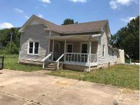 3 Bed 2 Bath Foreclosure Property in Brinkley, AR 72021 - Highway 49