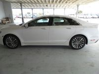 2017 Lincoln MKZ Select (White Platinum Metallic Tri-Coat)
