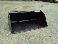 High volume  capacity quick attach buckets for skidsteers and tractor