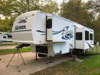 2005 Forest River SIERRA 325RGT
