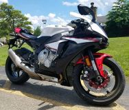 2016 Yamaha YZF-R1S SuperSport Motorcycles Cambridge, OH