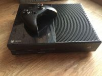 Xbox One 1TB with controller