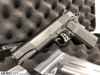 For Sale: Kimber Custom II 1911 45. ACP (with extras)