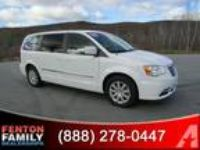 2013 Chrysler Town and Country Touring Touring 4dr Mini-Van