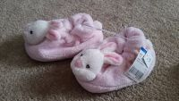 NWT: Girls Bunny Slippers, Size 7