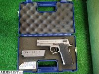 For Sale: Smith and Wesson 45 tactical