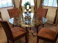 $220, dinette table and chairs.. $220
