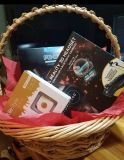 Mens valentine basket