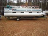 1994 Sun Tracker 210 Party Barge