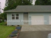 2 Bedrooms, 1 Bathroom at River and Simpson Ave E