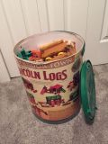Lincoln logs great shape lots of pieces
