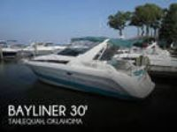 30 foot Bayliner 30