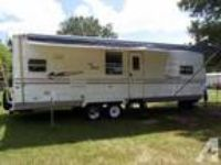2005-31foot-Coachman Camper