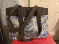 Thirty-one Small purse