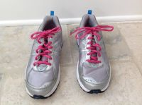 Girls Nike Gym Shoes - Gray, Pink & Blue Size 5.5
