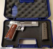 For Sale: Smith and Wesson SW1911 .45acp 2 mags with box!
