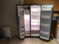LG LSC23924ST Side-by-Side Refrigerator - GREAT CONDITION!