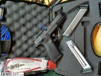 For Sale: Smith & Wesson M&P22 like new