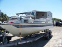 1996 Spectra Deck Boat, 20', Mercury 150 Black Max, Trailer