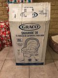 Graco infant car seat and base brand new in box
