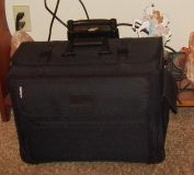 """Maxmore By Travelwell 17"""" Laptop Computer Case with Organizer Divider, Wheels"""