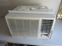 LG LW1216HR 12,000 BTU 230-240V Window Air Conditioner with Heater