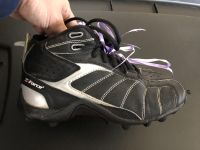 Size 1 I force football kleets youth