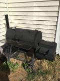 Real cast Iron heavy duty carcoal smoker grill