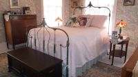 Queen Size Matelasse Bedspread and 3 Shams