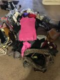 Tons of Clothes for Sale! Women s S/M