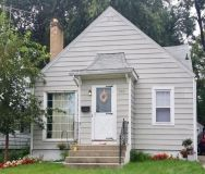 2 Bed 1.5 Bath - Updated Kitchen - Washer/Dryer Hookups- Finished basement!
