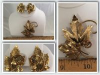 Vintage Gold Tone Leaf Design Clip-On Earrings and Matching Brooch