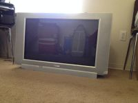 MAGNAVOX TV with DVD player