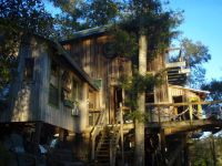 - $500 Womens Guesthouse on a lake (grand coteaucarencro)