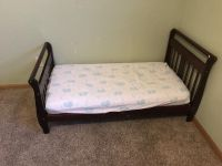 Wood toddler bed and mattress