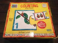 The very hungry caterpillar Counting floor puzzle