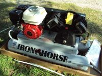 NEW gas air compressor with a Honda Motor