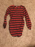 Red and black maternity shirt M