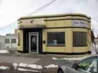 $1200 / 2200ft - retail / office great location