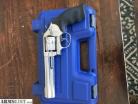 For Sale: S&W 617-6 22 LR