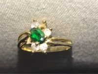 hold ring with emerald 10k