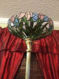 STAINED GLASS  ANTIQUE BRASS TIFFANY TORCH LAMP