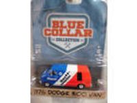 1:64 Greenlight Blue Collar Series 1976 Dodge B100 Van NEW