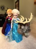 Elsa and Anna doll with Sven.