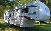 2005 Forest River Cardinal 31LE Bunkhouse 5th Wheel