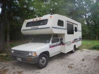 92 Toyota Winnebago Warrior cerRVmotorhome camera, V6, hitch